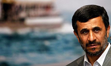 Mahmoud-Ahmadinejad-arriv-006