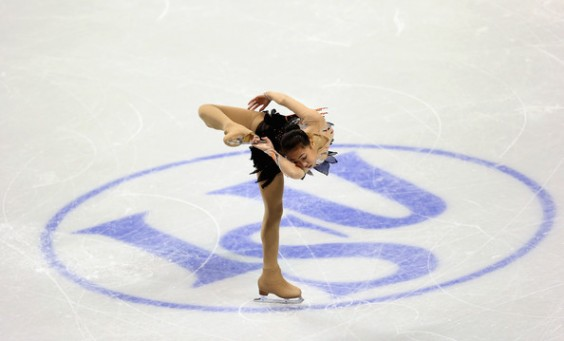 Kexin+Zhang+2013+ISU+World+Figure+Skating+0oQj3h3XX7Il