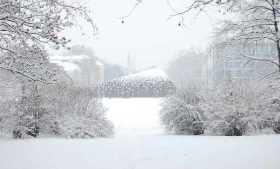 City-Park-Winter-Snow-1956-Monument-Budapest-Istvan-Csuhai