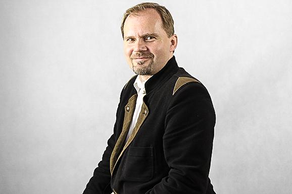 László Csaba Horváth, Macroeconomics