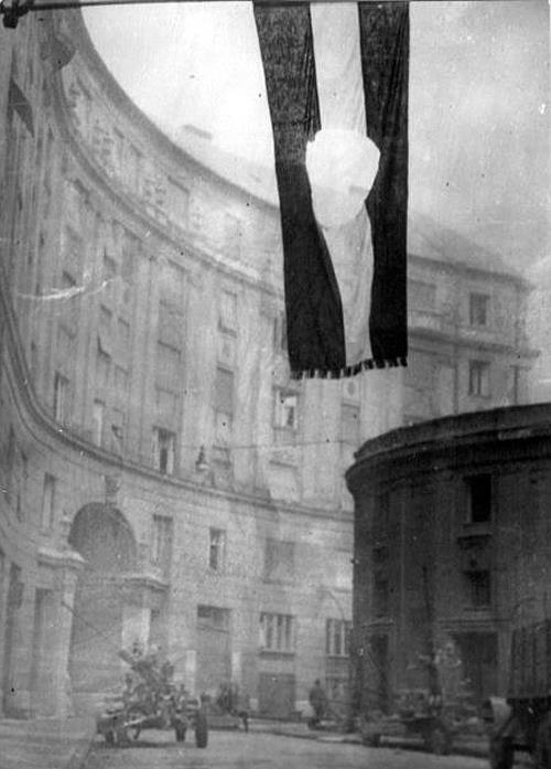 OCTOBER 23. Tomorrow, the Hungarians celebrate the beginning of the 1956 Revolution. To those new to Hungary, note that, as on every national holiday, stores and shops will be closed.